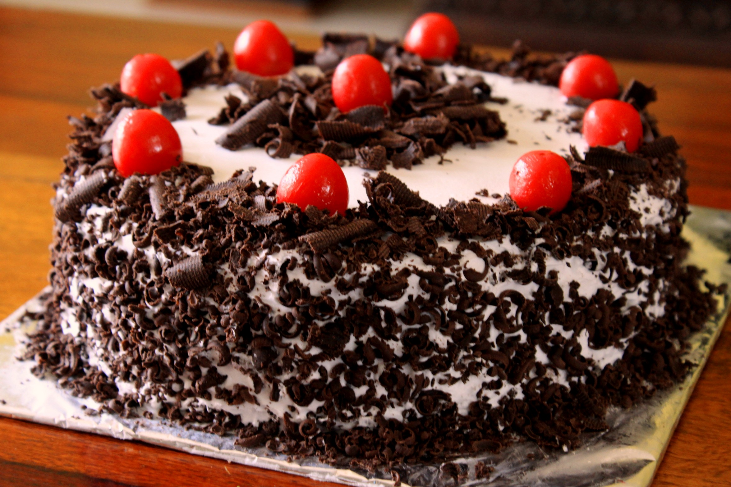 Black Forest Cake Feenix Food Cake Delivery Service In Trichy