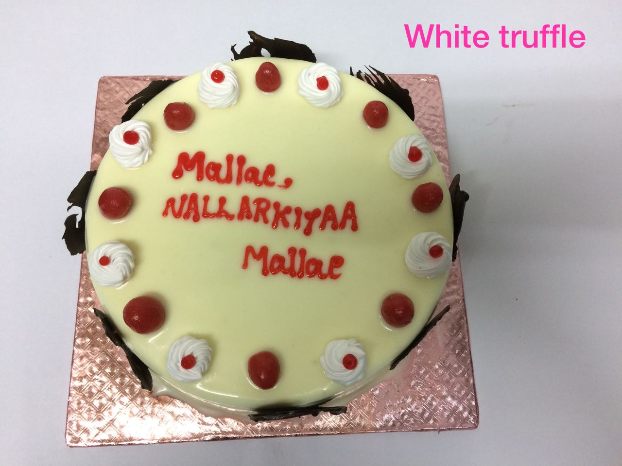 White Truffle Cake Feenix Food Cake Delivery Service In Trichy